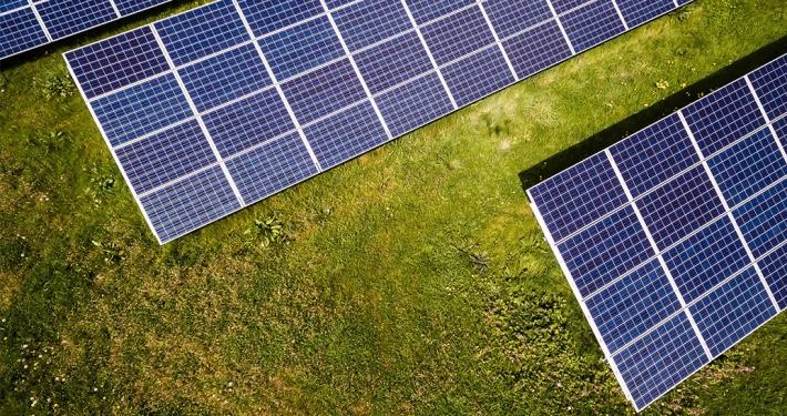 ¿Puede perderse energía solar por exceso de producción?